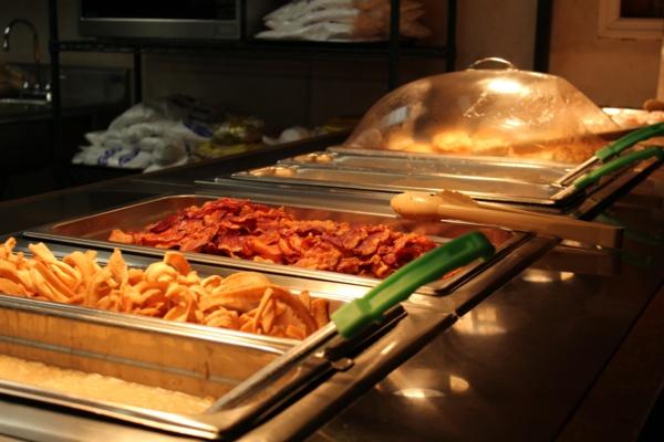 bacon at breakfast buffet